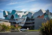 Pterodactyl, Culver City, CA - Eric Owen Moss Architects