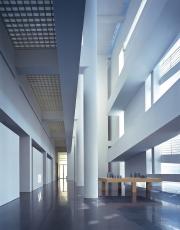 Barcelona Museum of Contemporary Art,  Spain - Richard Meier